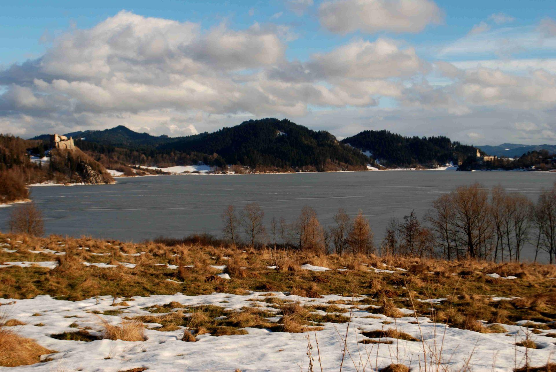 jezioro-na-dunajcu-pieniny