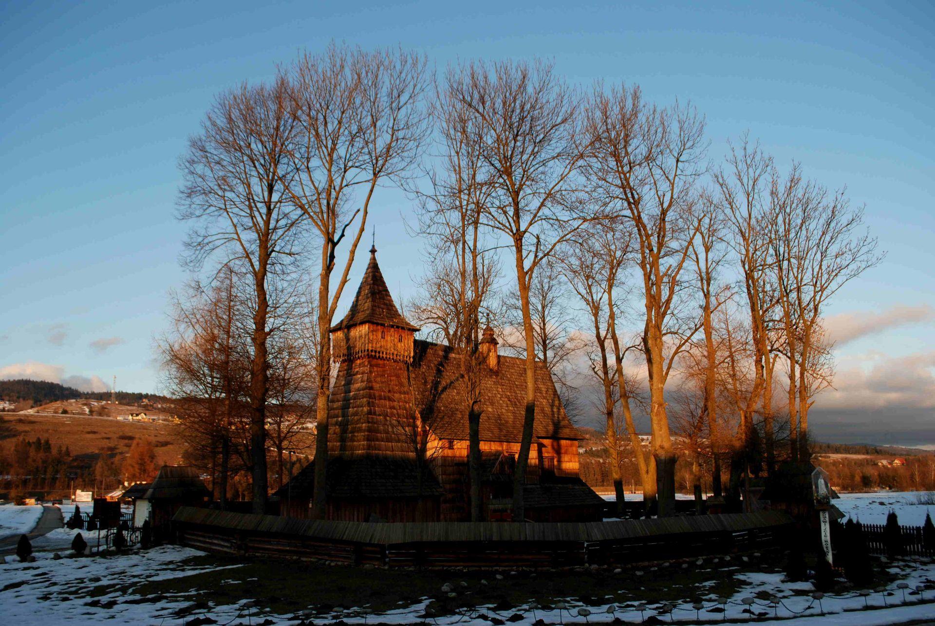 kościół-w-dębnie-wycieczka-szkolna-pieniny